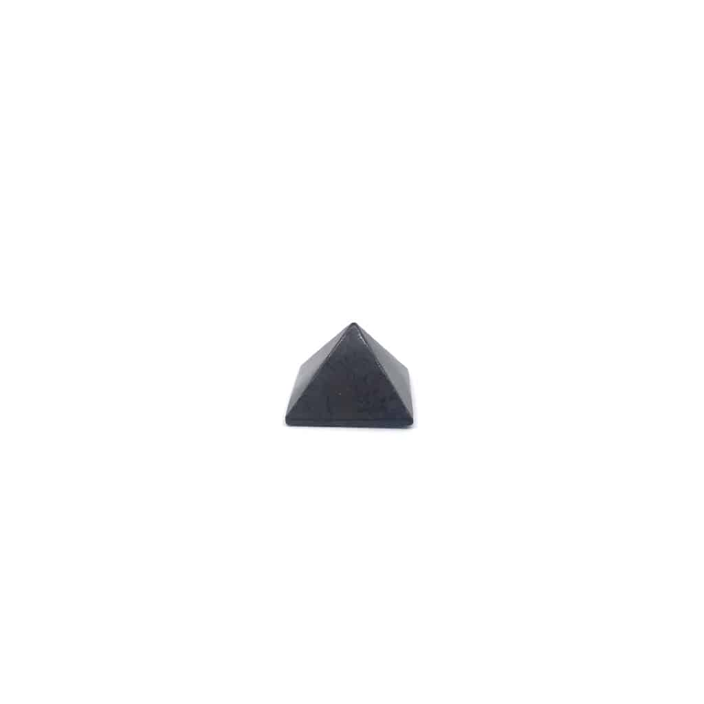 Fortune crystals_shungite_pyramid_med