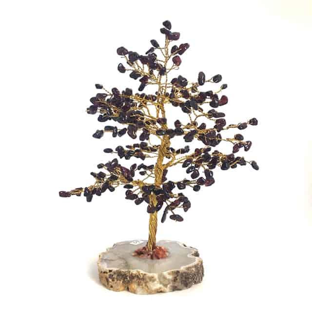shot 20201204122611 - Garnet tree - 300 beads